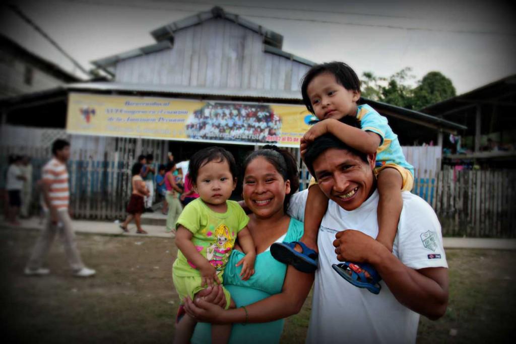 peru-pastor-family